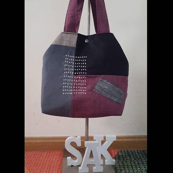 Bolso de tela pieza única con bordado Sashiko. Forrado y con