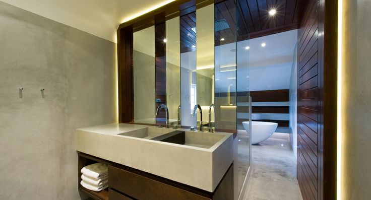 crisp and modern bathrooms, residential London/ 4M Group www.4mgroup.co.uk