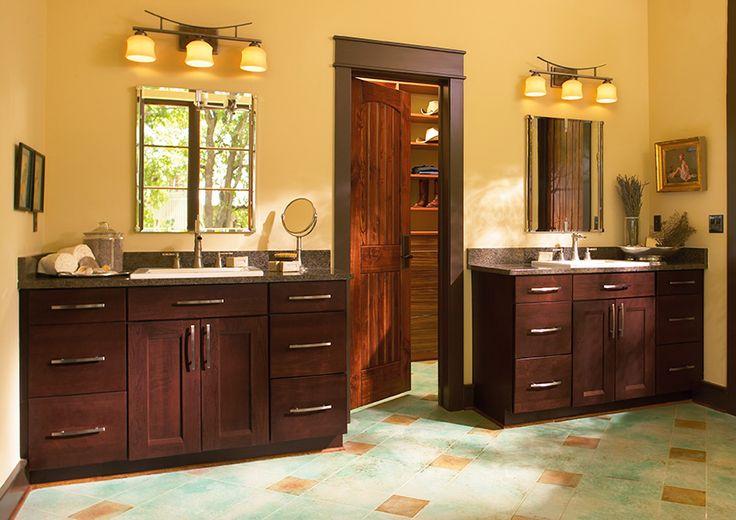 Vanity, Shenandoah Cabinetry, Cherry Bordeaux, Solana door