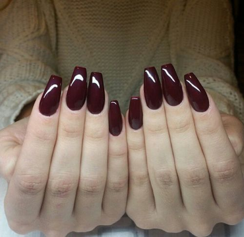 I love these coffin shaped nails AND the burgundy nail polish is just perfect!! Pinterest: bqueenin96