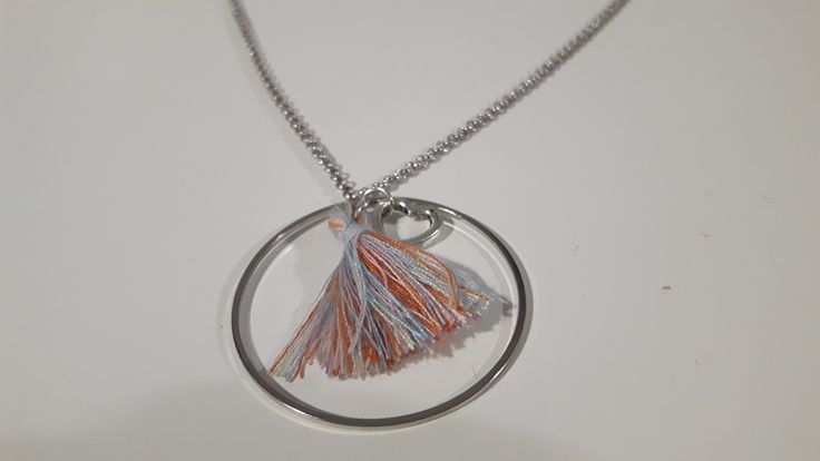 collier cercle pompon multicolor et coeur : Collier par ninoubijoux