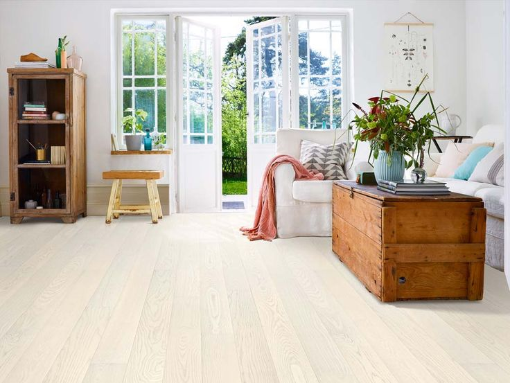 Play Ask Ivory from Tarkett. Oak floors | PerPR