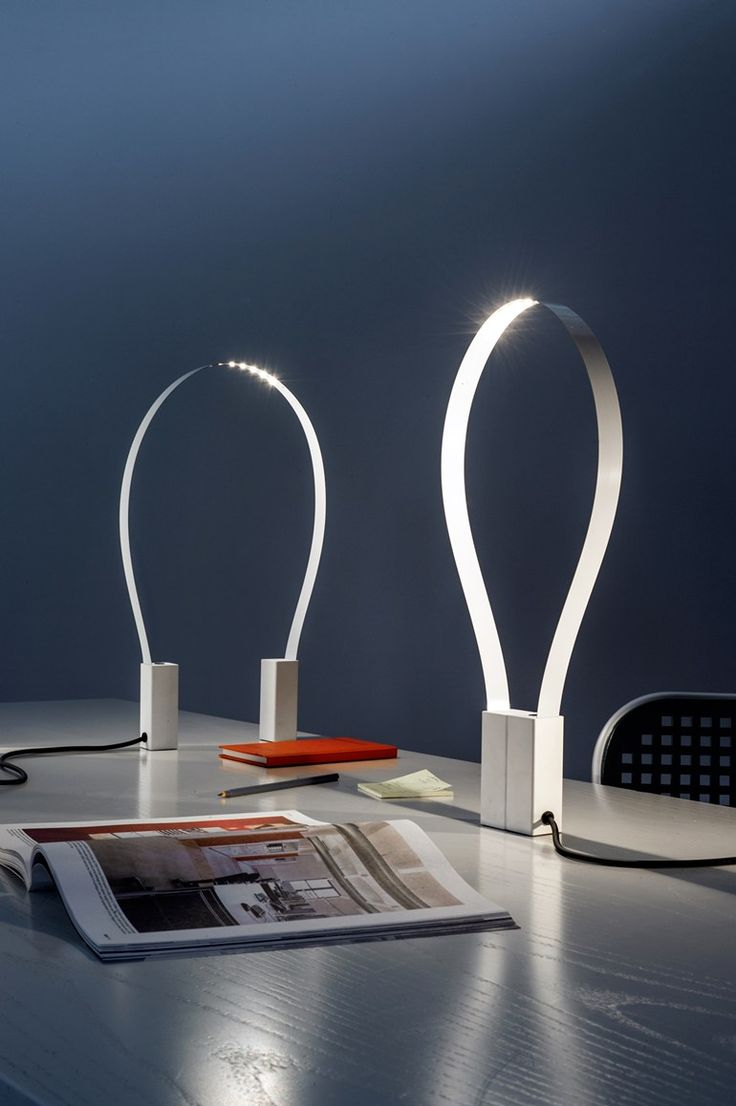 LED indirect light table lamp FLUIDA by Martinelli Luce design Studio Natural @martinelliluce