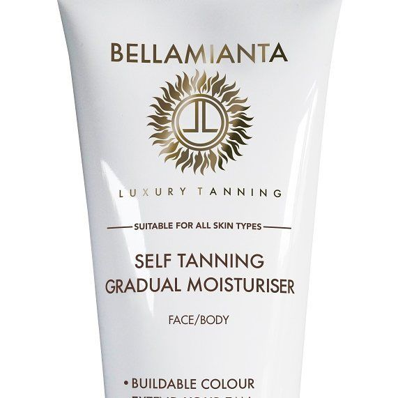 One of the new products launched by @bellamianta into their range. There is a total of three new products in the range. #tanning #bellamianta #gradualmoisturiser #darklotion #instanttan