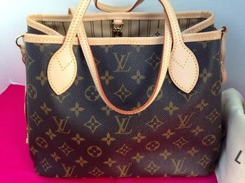 Louis Vuitton Neverfull Pm Shoulder Bag $870