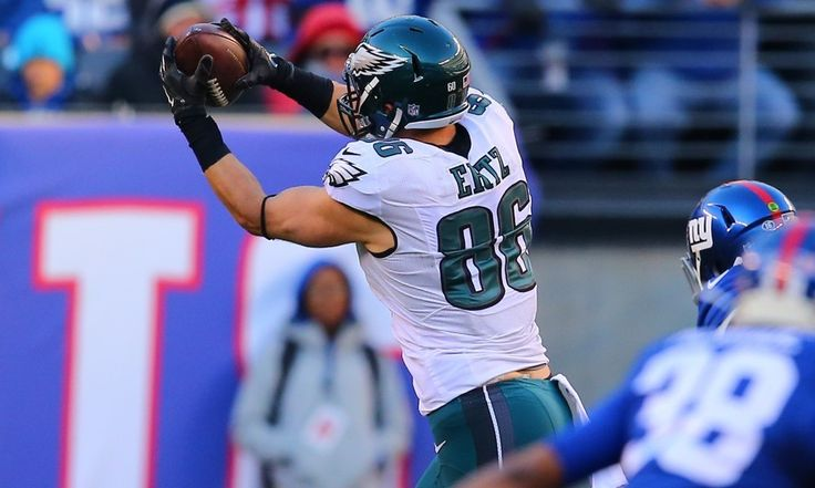 Eagles CB McKelvin, TE Ertz both week to week with injuries = The Philadelphia Eagles may be without their top tight end and one of their best cornerbacks for a little while. Head coach Doug Pederson said on Monday that tight end Zach Ertz and cornerback Leodis McKelvin are both.....