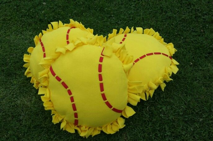 Softball no sew pillows                                                                                                                                                     More