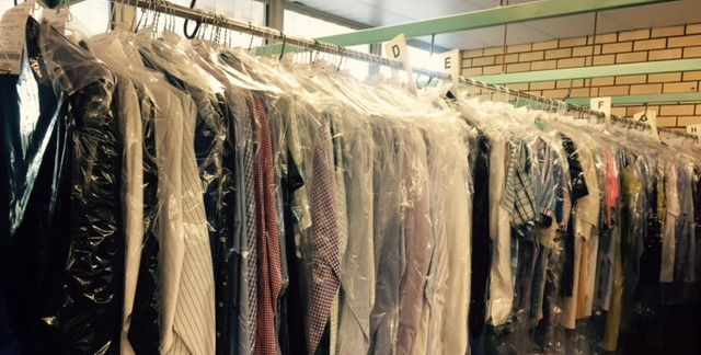 Dry cleaning services are sought after by many people as they happen to be some of the best especially for the different kinds of garments that one could have. It is essential to washing instructions of any garment that you have if at all you are to increase its life and at the same time have it looking as good and clean as it should be. Dry cleaning services in Atlanta are fortunately more available in the society nowadays with the establishment of numerous dry cleaning companies.