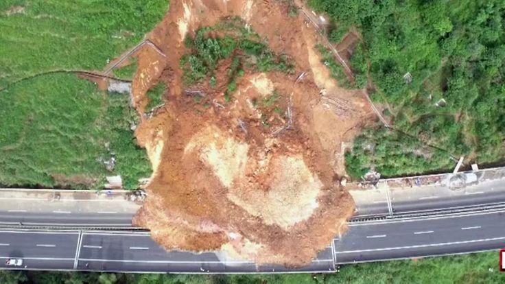 Gewaltiger Erdrutsch in China: Geröllmassen verschieben Straßenstück um zwei Meter