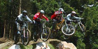 Kelebihan dan Kelemahan Sepeda Ketimbang Olahraga Lainnya www.adnn3.blogspot.com