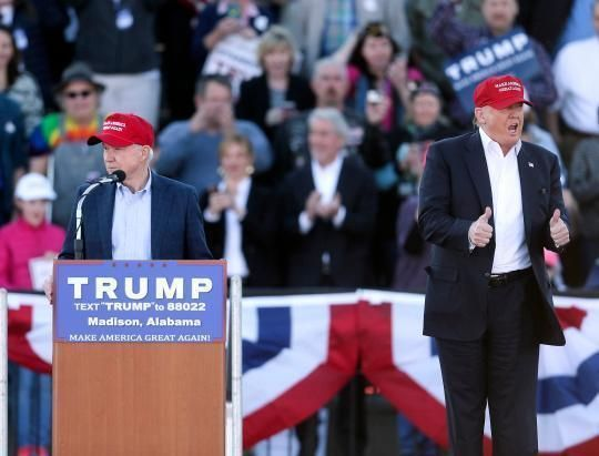 Trump scores first Senate endorsement from Alabama's Jeff Sessions #Politics #iNewsPhoto