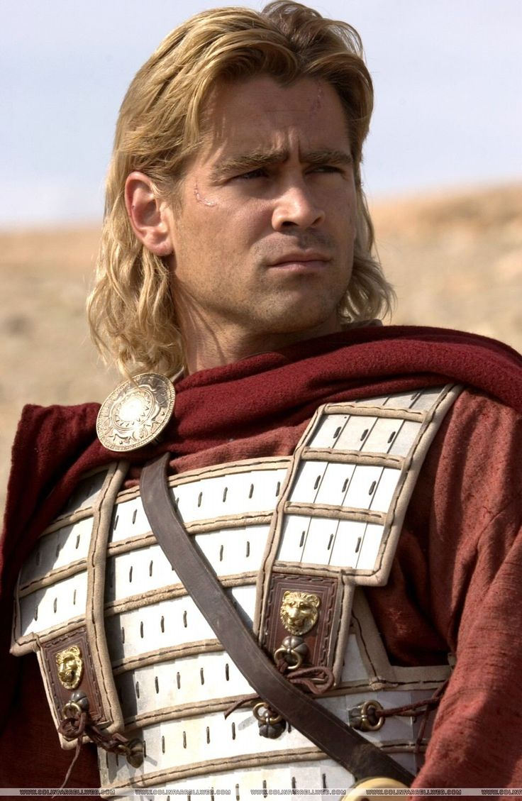 Colin Farrell in Alexander (2004) as Alexander the Great ...