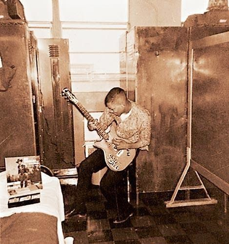 In mid-1958, at age 15, Hendrix acquired his first acoustic guitar, for $5.  He earnestly applied himself, playing the instrument for several hours daily, watching others and getting tips from more experienced guitarists, and listening to blues artists such as Muddy Waters, B.B. King, Howlin' Wolf, and Robert Johnson.