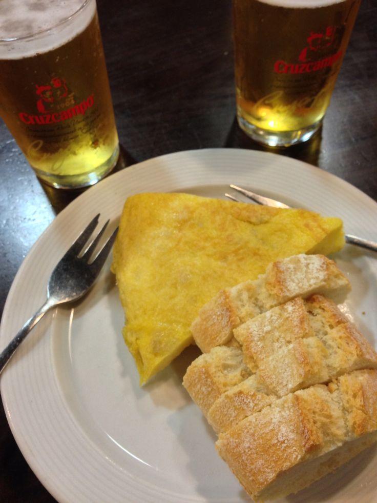 Tortilla #tapas #cruzcampo #caña #Valencia #fallas #comida