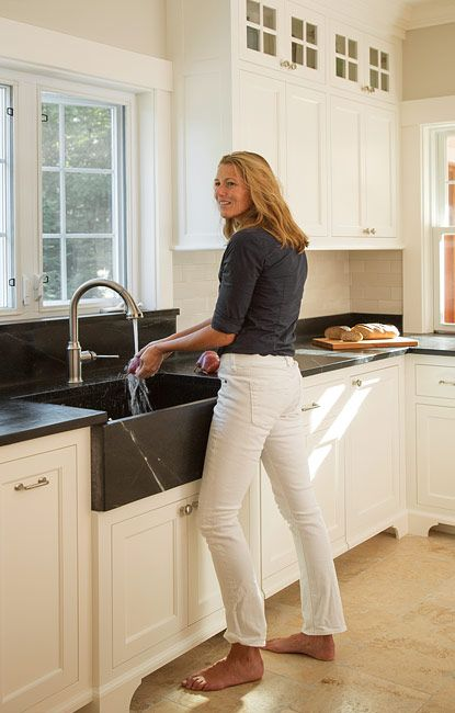 New Hampshire - kitchen remodeled with Barroca Soapstone countertops