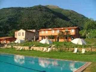 Huur een cottage in Camaiore, Lucca en omgeving dichtbij de golfbaan met 2 slaapkamers. Voor een complete vakantie - HomeAway