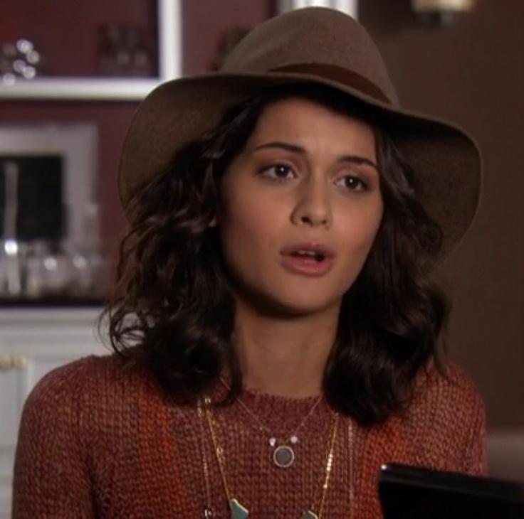 Gossip Girl Sage wearing Labradorite Meira T necklace