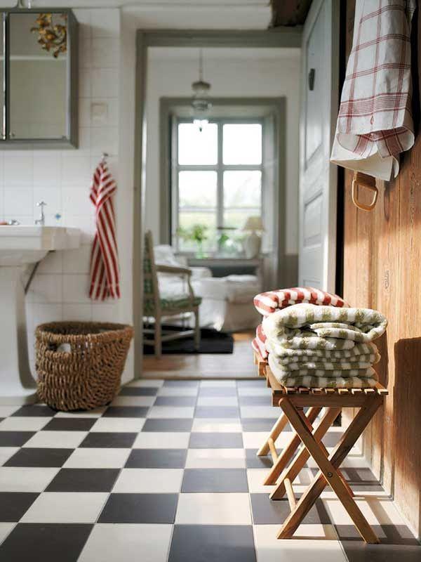 checker floor ~ joy!Decor, Ideas, Beach House, Floors, Black And White, Interiors, Black White, White Wall, Farmhouse Bathroom