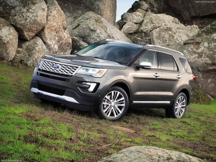 2016 Ford Explorer Limited - love the newer models so much better!