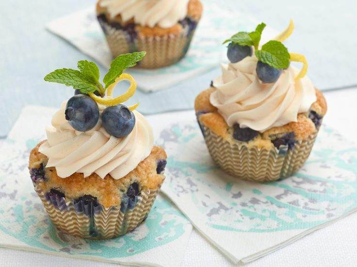 Missy's Lemon and Blueberry Cupcakes Recipe : Ree Drummond : Food Network - FoodNetwork.com