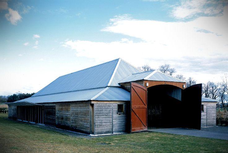 barn at Yering station