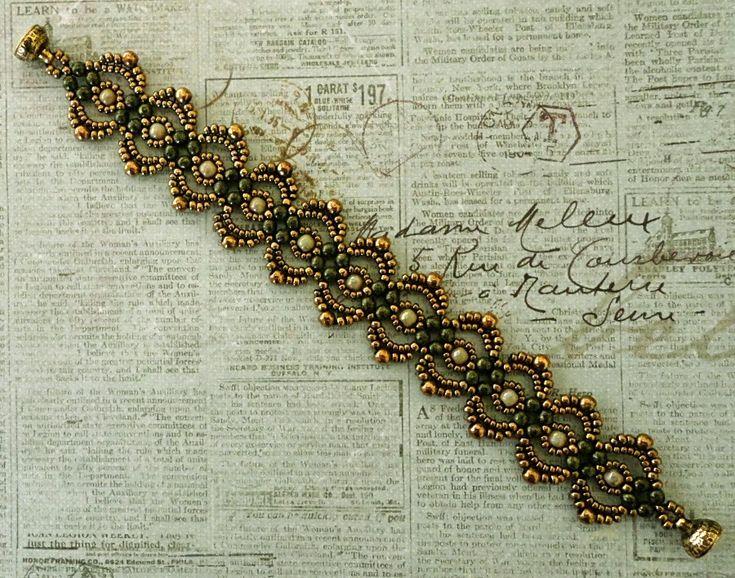 Linda's Crafty Inspirations: Free Beading Tutorial: Lovely Lace Bracelet