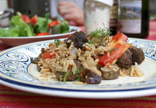 A Late Summer Recipe: Turkish Pilaf / One of the things I love about Mediterranean cooking, especially in late summer, are the abundance of recipes that use nightshade vegetables which include tomatoes, peppers, and eggplant.