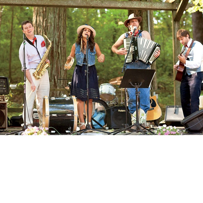 A Rustic Vintage Wedding In Sonoma Countywedding Musiclive