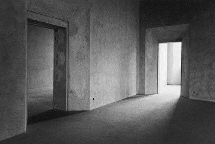 Eva Rubinstein, Two Doorways, Sabbioneta, 1978