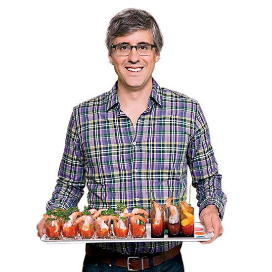 Mo Rocca's Food Rules - Hungry Crowd on Food & Wine