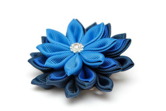 Broche fleur Kanzashi les teintes de bleu broche kanzashi