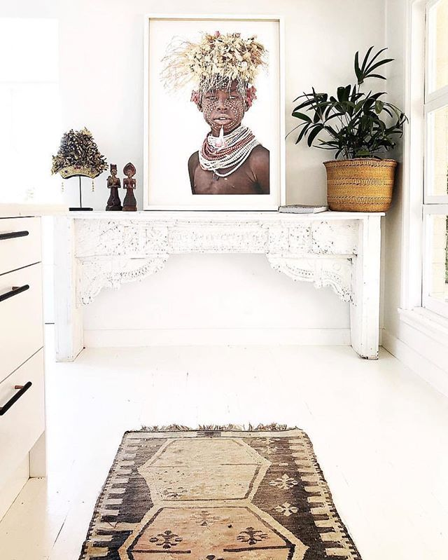The beautiful home of @spliceboutique featuring Raphael by @giovannaphotography available exclusively @frey.home