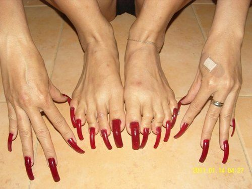 Long toenails and claws crush tease 3