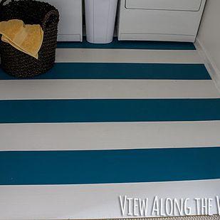 Pinta tus pisos de vinilo o laminados antiestéticos. | 31 ideas de decoración para el hogar que son muy ingeniosas