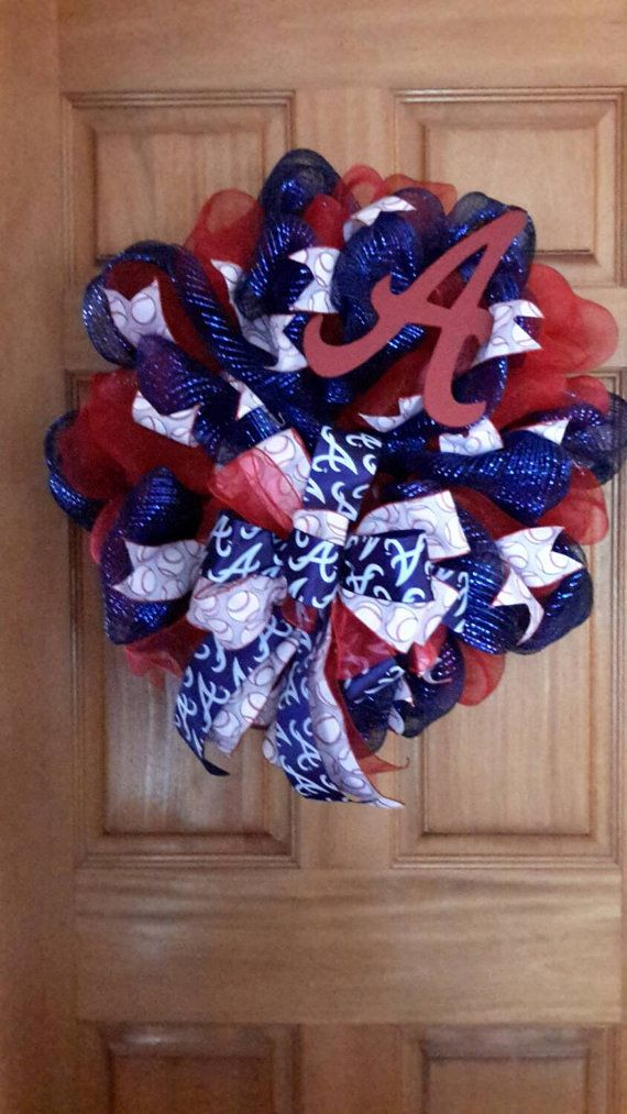 Check out this item in my Etsy shop https://www.etsy.com/listing/221053904/atlanta-braves-wreath
