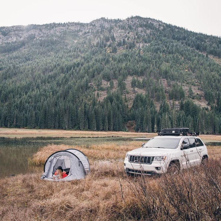 Our Flip Pop Tent sets up in seconds leaving more free time to enjoy the finer things in life.  _______________ Unlike a hotel we dont charge extra for a room with a view. Every Flip Pop comes as standard with an epic view. You just need to go find it!  _______________ #LiveTheFrontRunnerLife #frontrunnerpride #tenting #camplife #carcamping #frontrunneroutfitters  Photo Credit: @MorganPhillips