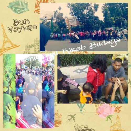 Menunggu Kirab Budaya kota Malang... Buanyak biiingiit yg nonton...  #kotaku #myluvly