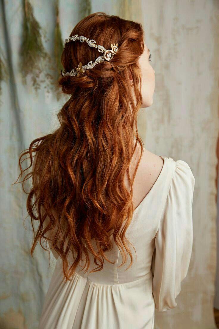 Thia's wedding hair