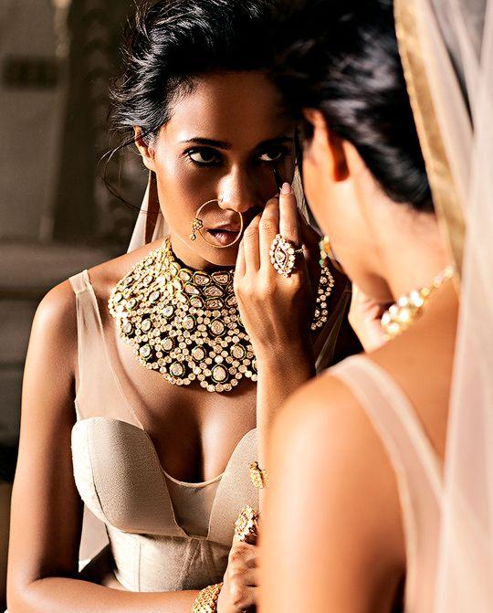 Stunning Statement Kundan #Necklace, #NoseRing & #Ring.