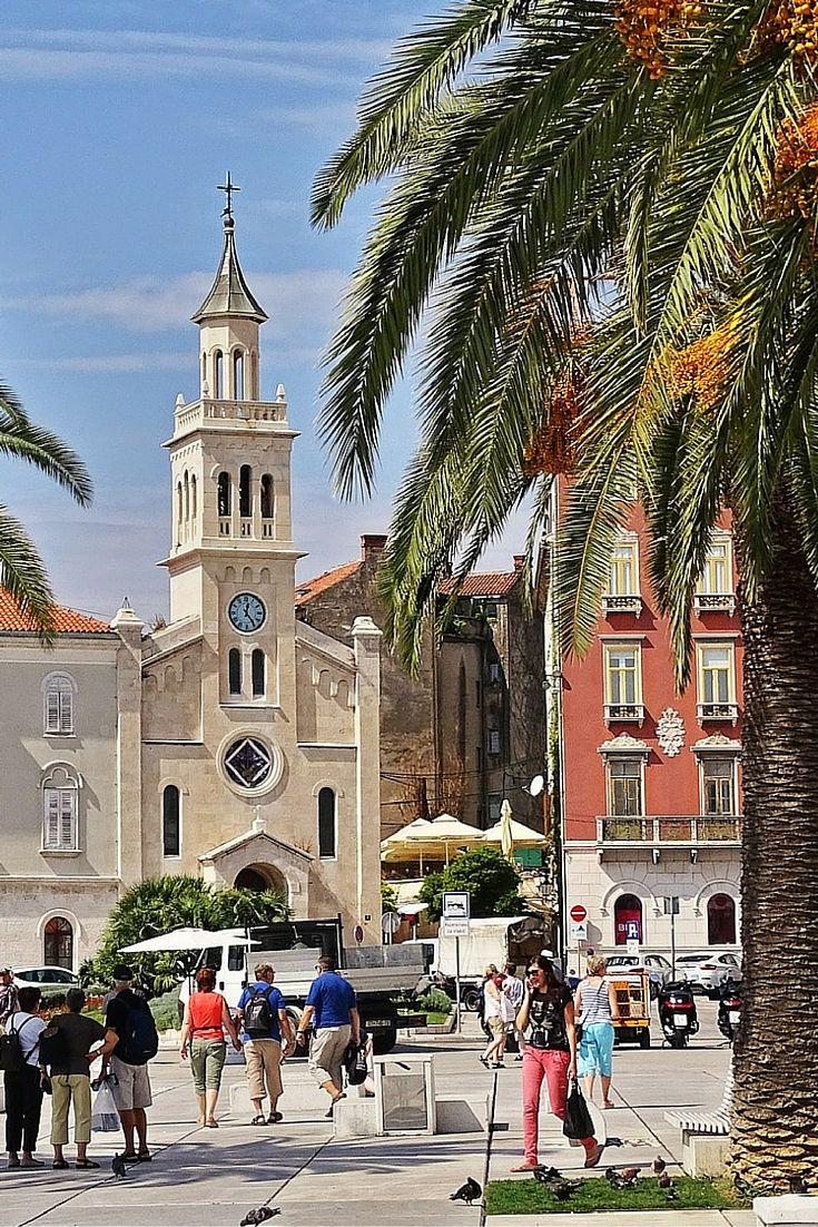 Heb je zin in een zomerse stedentrip? Ga dan naar Split in Kroatië. Een geweldige stad. Bekijk alle tips.