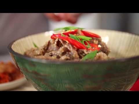 Eva & Debra from My Kitchen Rules cook Beef Bulgogi - Harvey Beef