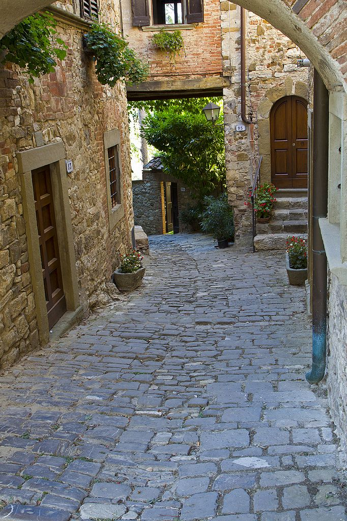 Montefioralle, Tuscany, Italy. I really, really want to be there