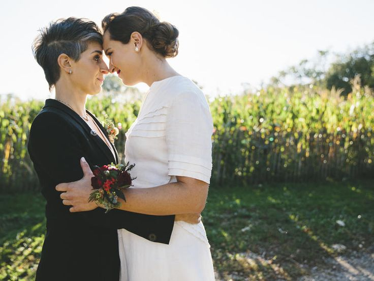 9 Wedding Planning Tips Every Same-Sex Couple Should Know | Photo by: READYLUCK | TheKnot.com