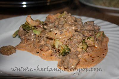 Charlotte's LCHF - Lavkarbo verden: Kjøttdeiggryte med sopp og brokkoli