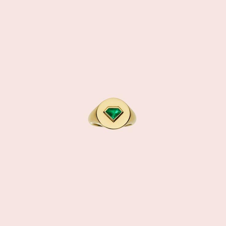 Jemma Wynne 'prive emerald shield signet ring'