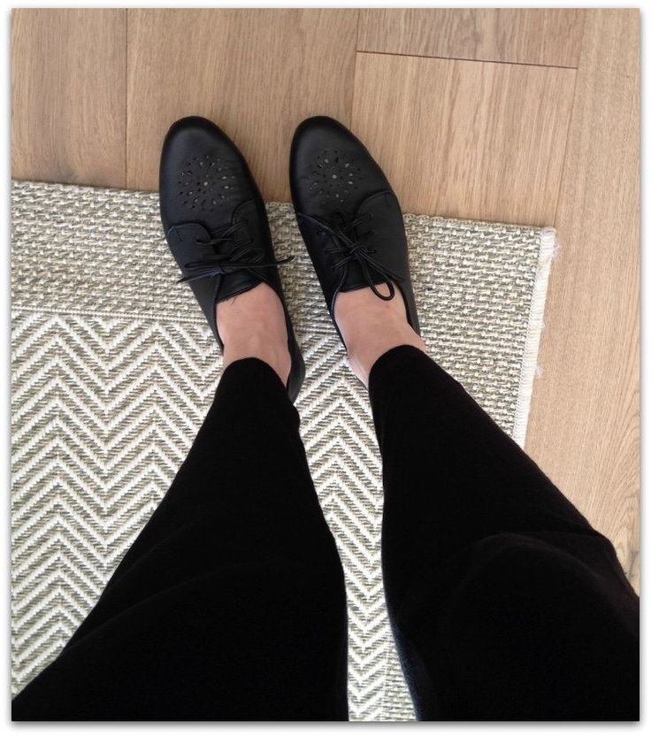 38, 39 SALE Patricia- Flats- Leather Shoes- 39- Black. 38,39 On SALE Only by Lolliette on Etsy