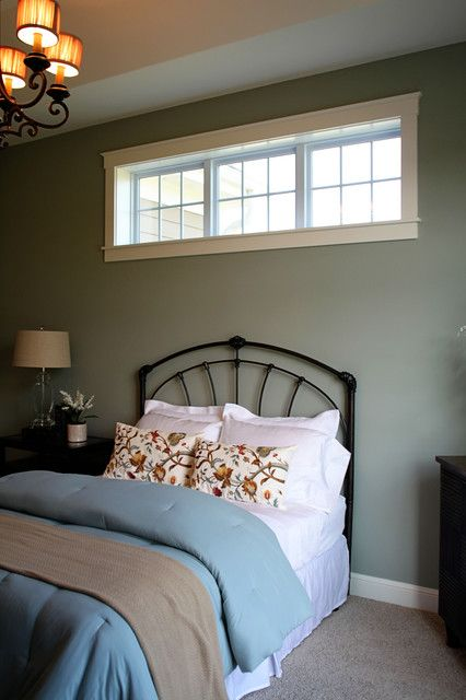I like this highlight window this is american craftsman for Bedroom window styles