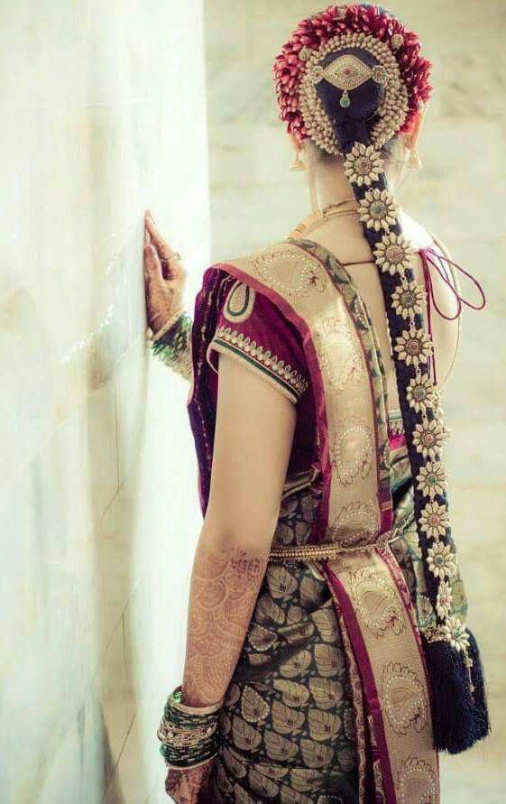 south indian bridal hair style look. its so pretty to wedding bride. #covaiweddingshoppers