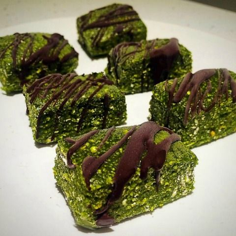 Matcha Chocolate Fudge Protein Bars Recipe | It's Vegan, Sugar & Dairy Free, Clean, Healthy, makes the perfect Nutrition & Energy bars for Workout Session.