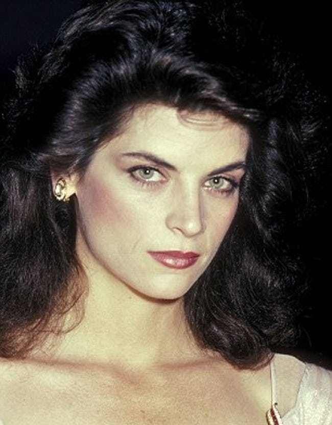 Young Kirstie Alley Semi-Close Is Listed Or Ranked 4 -2129